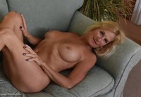 mollymilf - Best Of Molly's Poses Free Pic 1