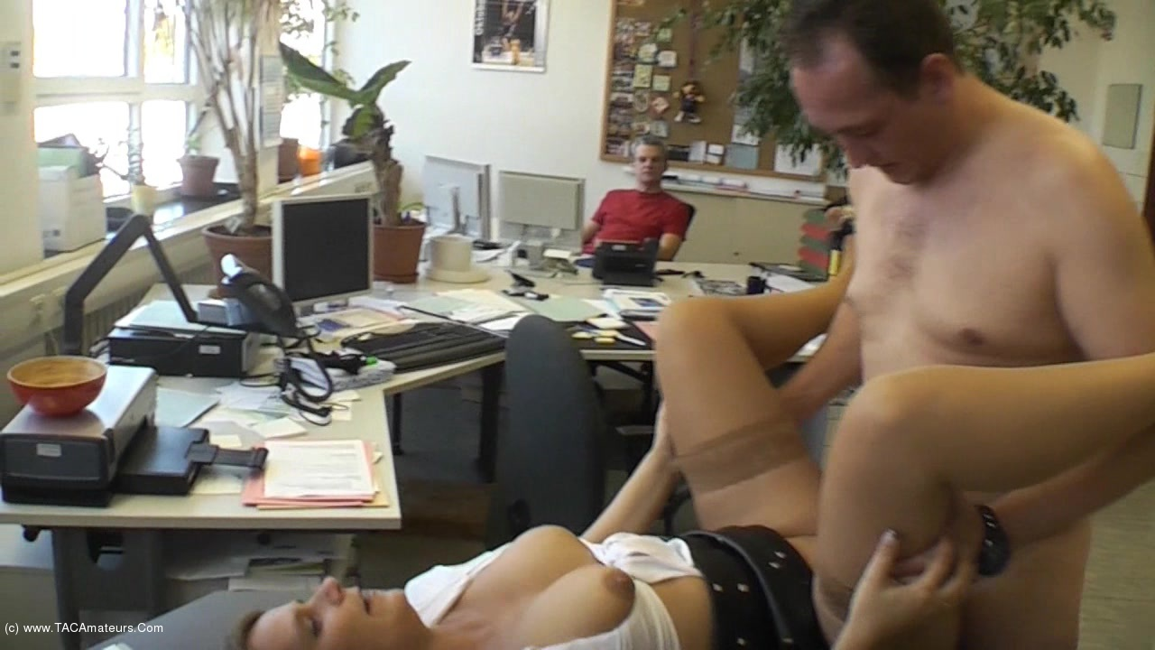 SweetSusi - Extremely Cool In The Office scene 2