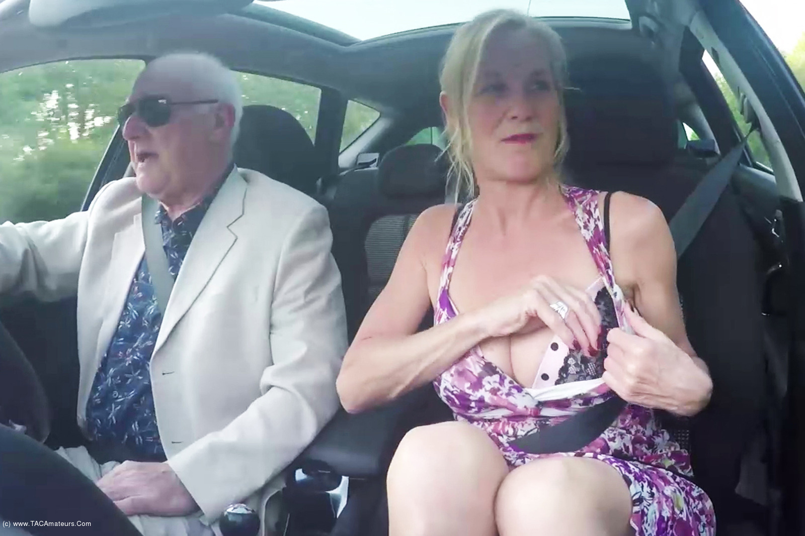 MollyMILF - Flashing In The Car scene 1