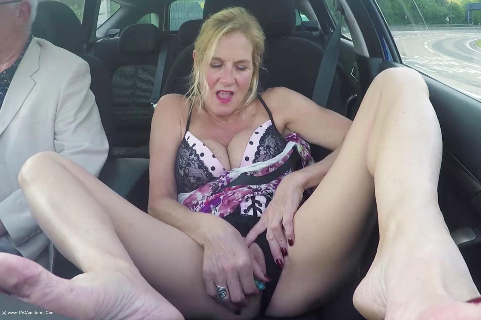 MollyMILF - Flashing In The Car scene 3