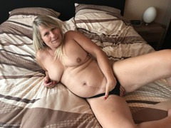 SweetSusi - Black String & Dildo Photo Album