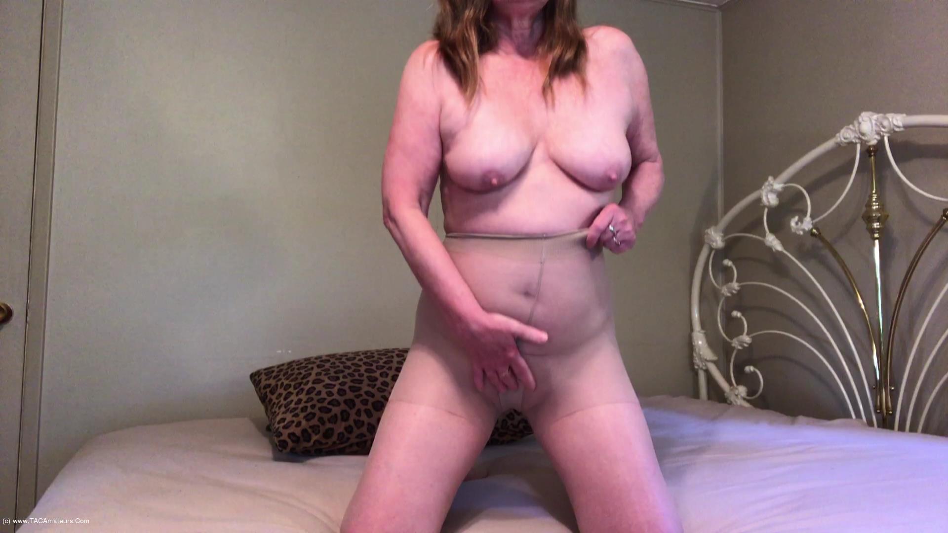 CougarBabeJolee - Pantyhose Masturbation Fetish scene 1