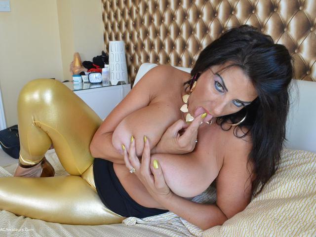LuLuLush - Shiny Gold Leggings