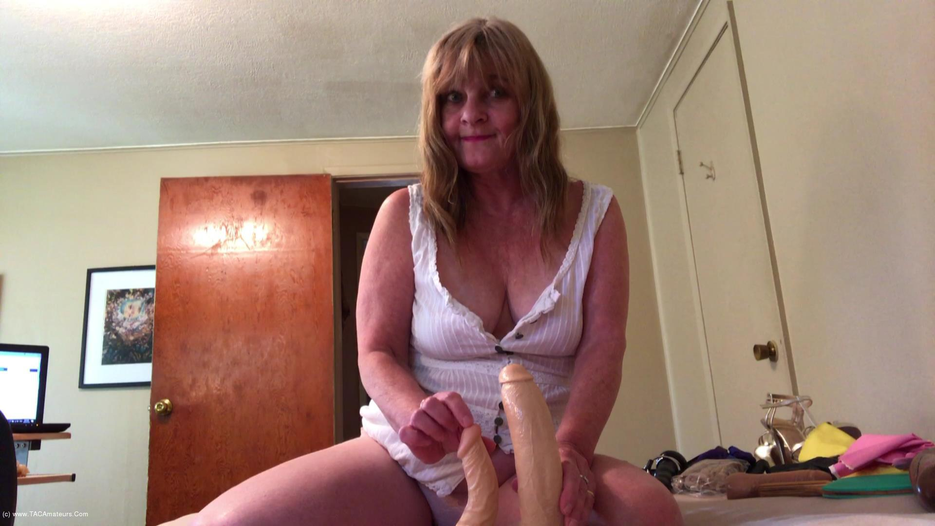 CougarBabeJolee - Filthy Milfy scene 1