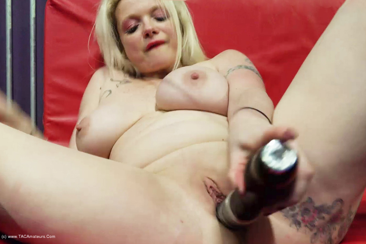 DirtyDoctor - Solo In The Cage Pt2 scene 3