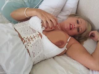 Masturbation & Frills