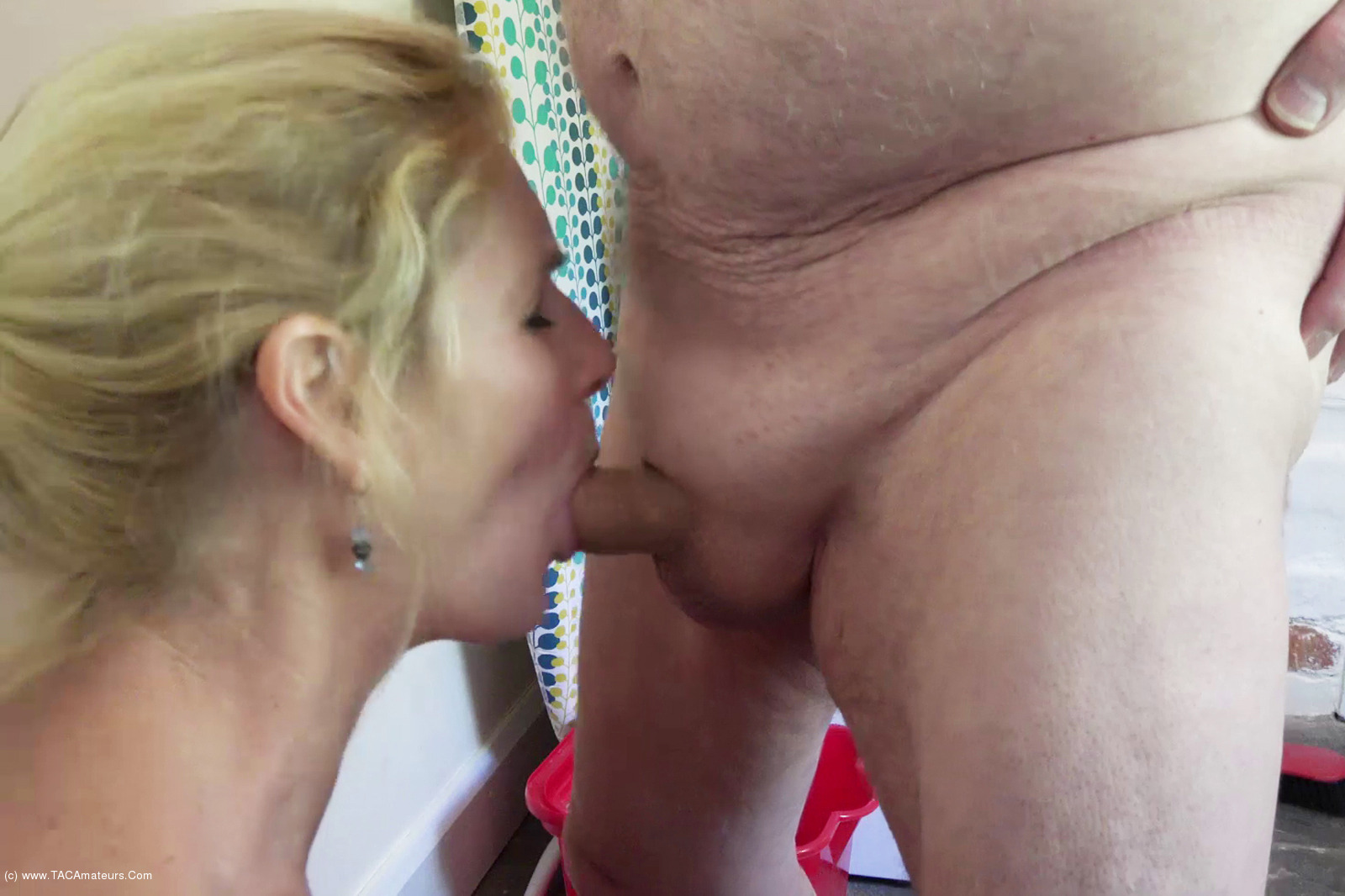 Short curvy porn