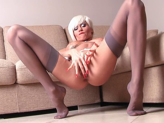 Liliane - Dirty Thoughts In My Blonde H