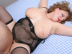 CurvyClaire - Tiny Pt3 Gallery