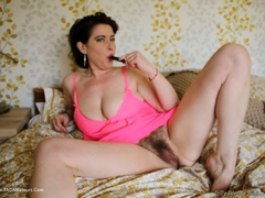 JuiceyJaney - Showing Pink In Pink Pt2 Gallery