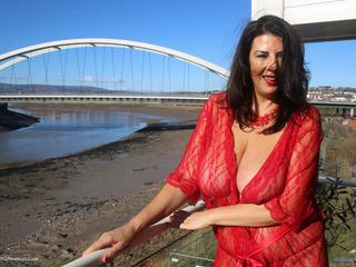 LuLu Lush - Red Lingerie By The Sea Picture Gallery