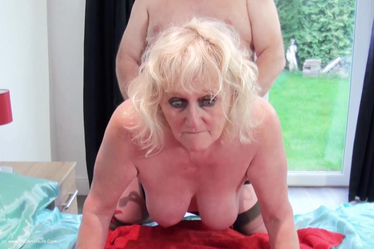 DirtyDoctor - Fucking Nurse Claire Pt2 scene 2