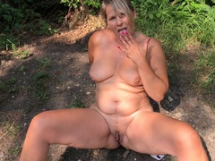 SweetSusi - Outdoor Pissing Is Always Cool HD Video