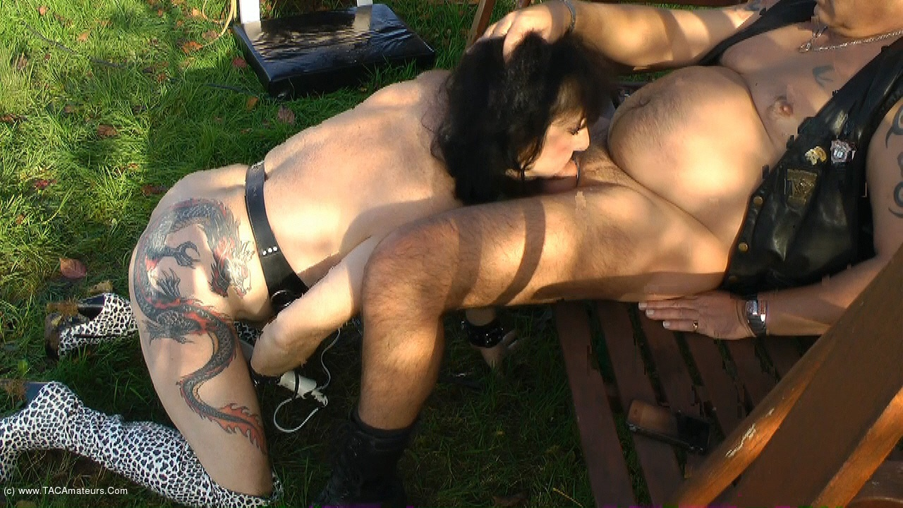MaryBitch - Blowjob & Facial Cum Outside scene 1