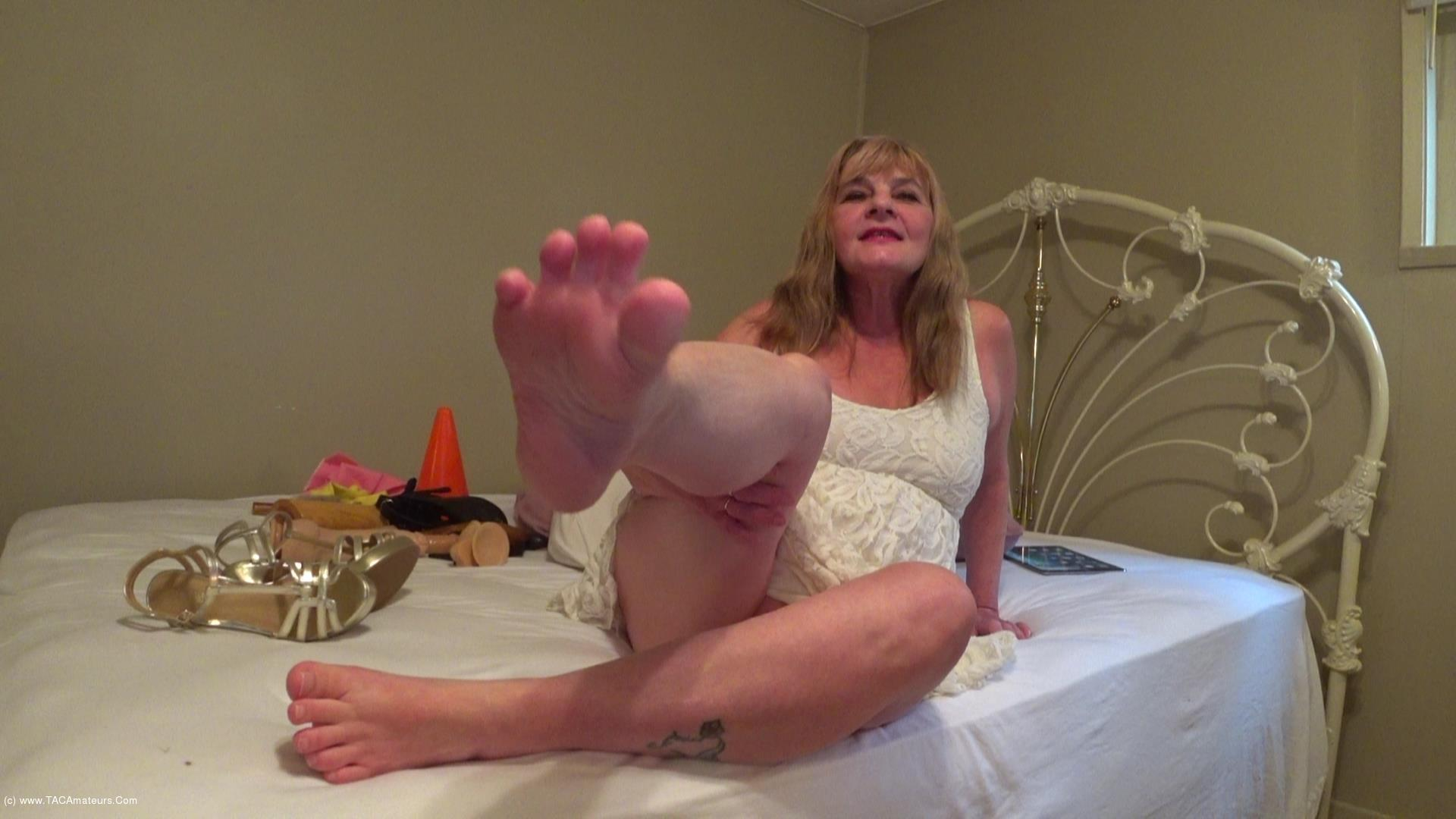 CougarBabeJolee - Barefoot In My Strappy Sandals Cum Worship Pt1 scene 0