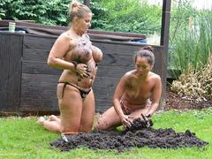 NudeChrissy - Two Hot Ladies In The Dirt HD Video