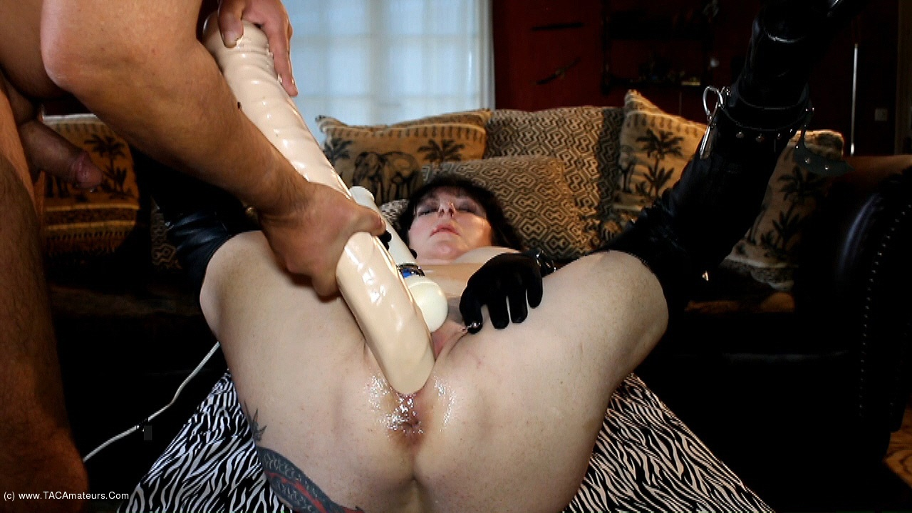MaryBitch - XXL Dildo Fun scene 1