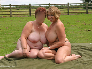 Outdoor Naked Lesbo Fun Pt1