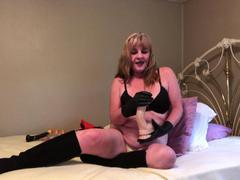 CougarBabeJolee - Masturbation Instructions Using My Hot Leather Gloves HD Video
