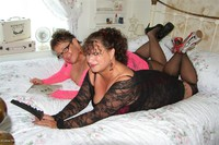 kimsamateurs - Kim & Honey In Lace Free Pic 1