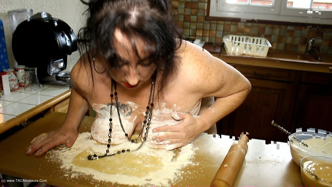 MaryBitch - The Pastry Cock Slut Pt1 scene 2