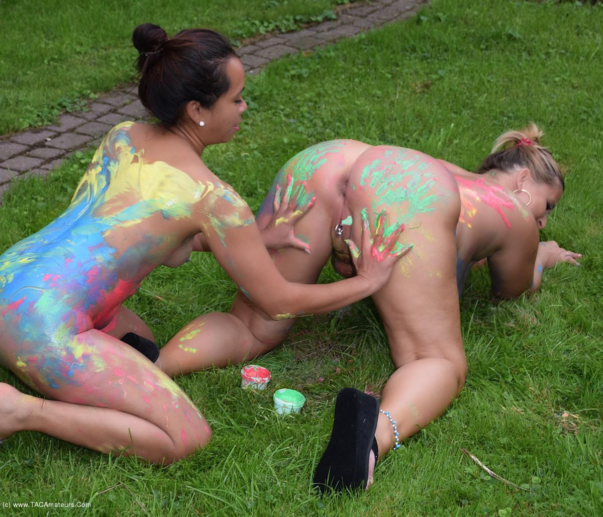 NudeChrissy - Body Painting Pt3 scene 2