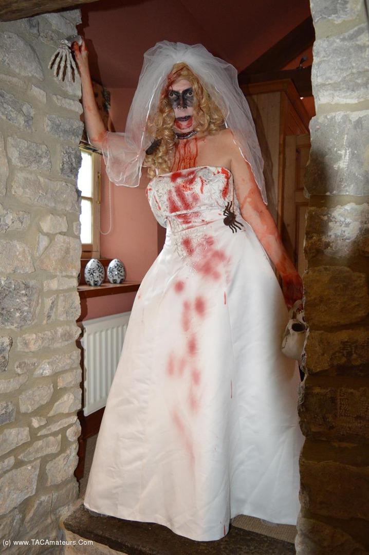 BarbySlut - Barby's Halloween scene 2