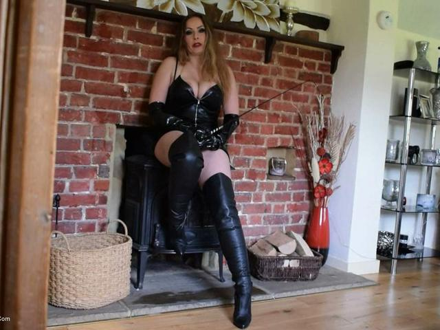 Mistress Delanie Talks Dirty