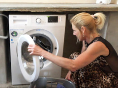 MollyMILF - Hanging Out The Washing HD Video