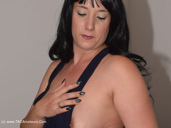 PhillipasLadies - Jenna's Ballgown Strip Gallery