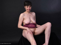 HotMilf - Purple Body Gallery