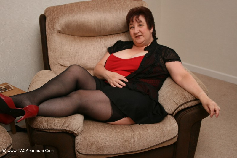 kinkycarol - Black Stockings & Red Shoes Pt1 Free Pic 2