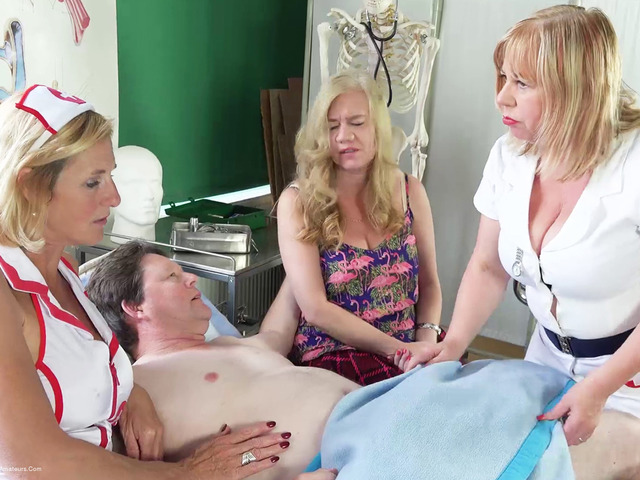 MollyMILF - The Patient Pt1