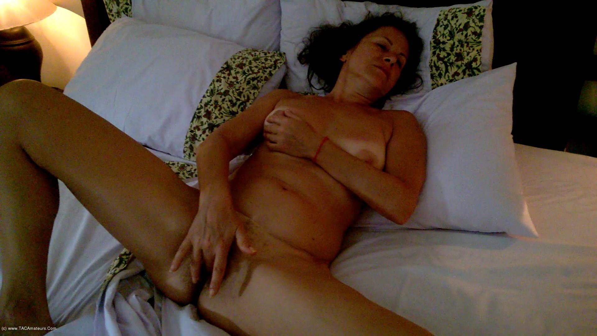 DianaAnanta - Ball Masturbation scene 1