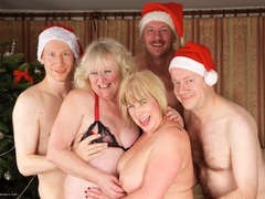 SpeedyBee - Christmas Orgy Gallery