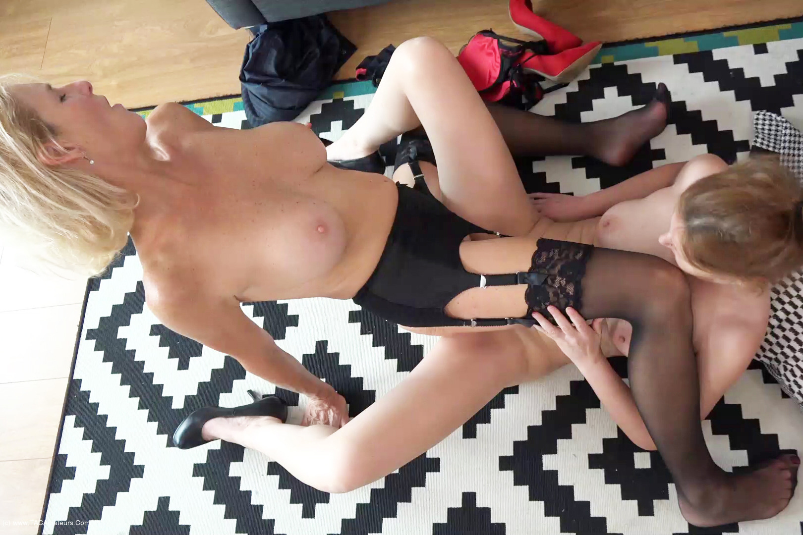 MollyMILF - Home From The Office Pt4 scene 2