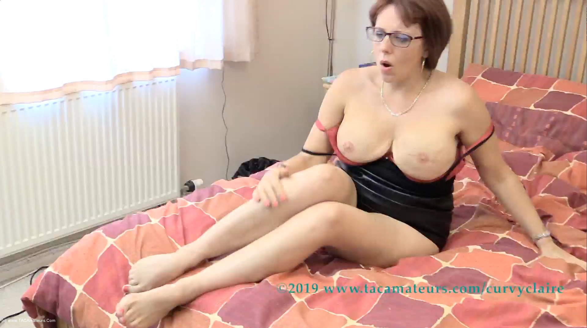 CurvyClaire - Curvy Claire Web Camming Girl Pt2 scene 1