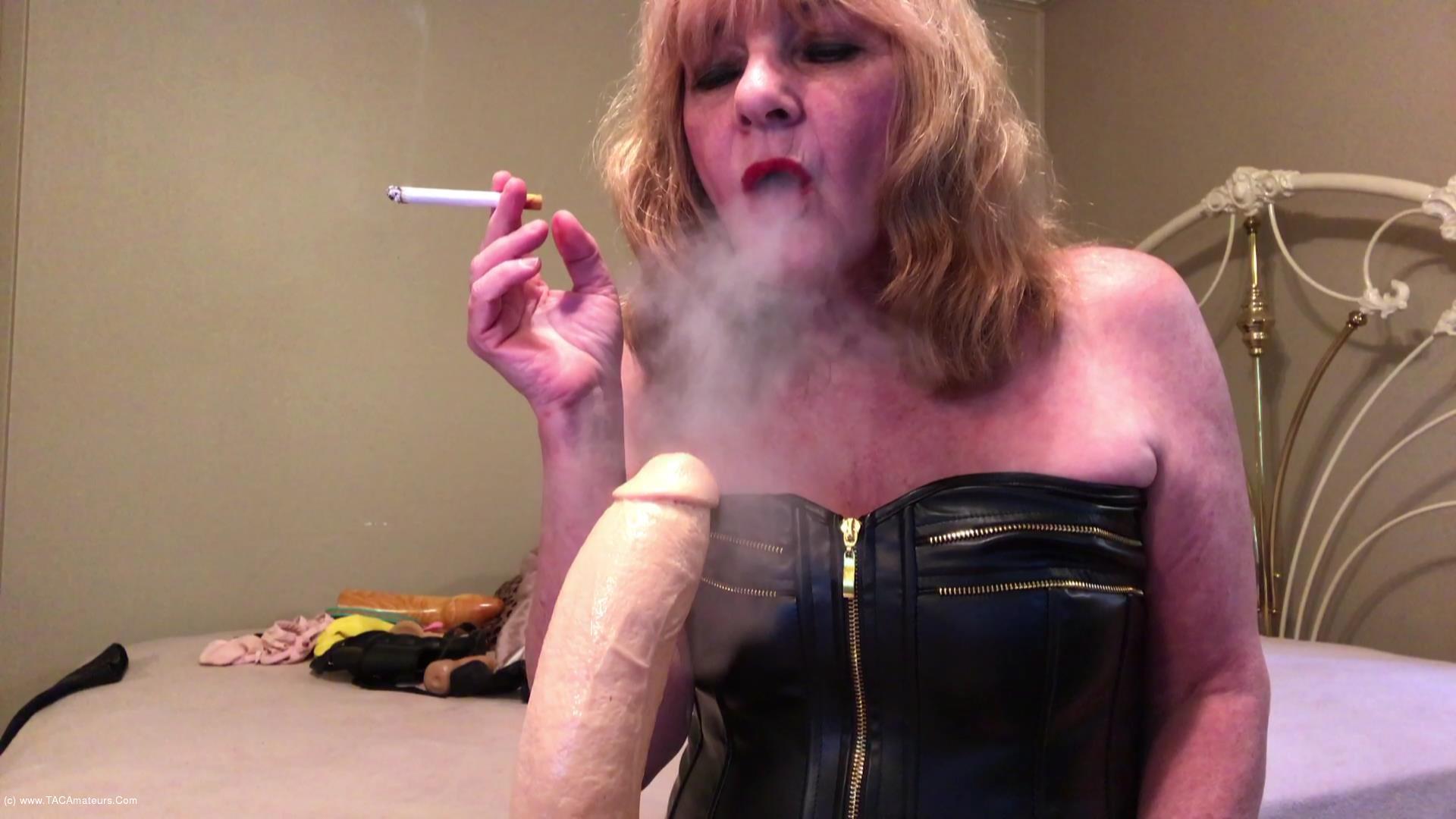 CougarBabeJolee - Masturbation Instructions While I Smoke scene 0