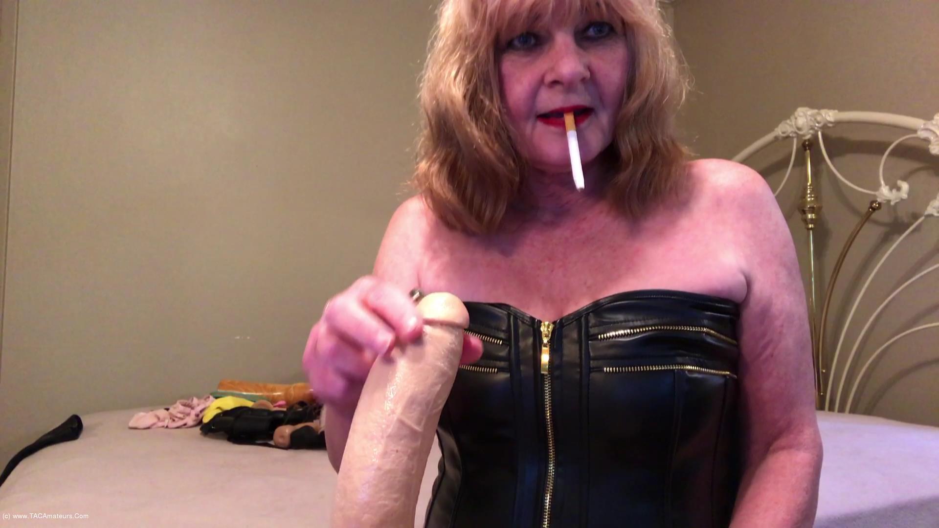 CougarBabeJolee - Masturbation Instructions While I Smoke scene 1