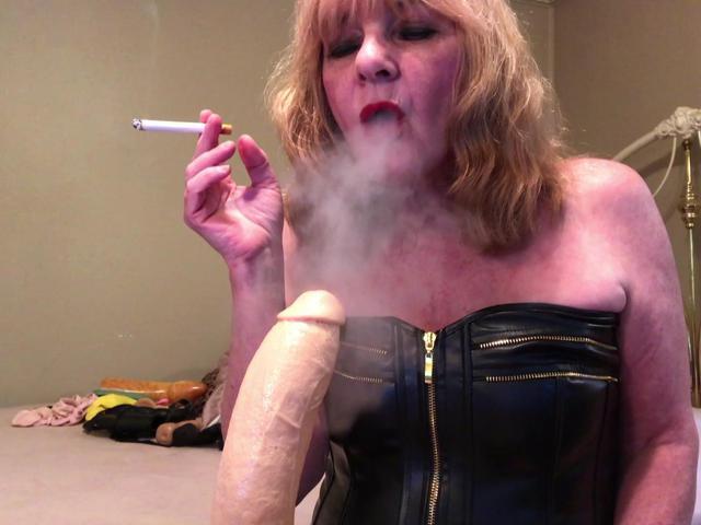 CougarBabeJolee - Masturbation Instructions While I Smoke