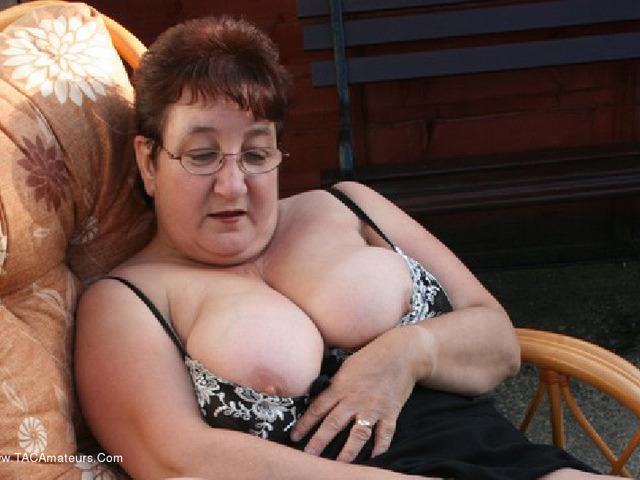KinkyCarol - Stripping In The Evening Sun Pt2