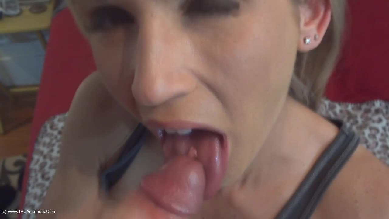 JoleneDevil - Bubble Gum Slut mouth full of cum scene 0