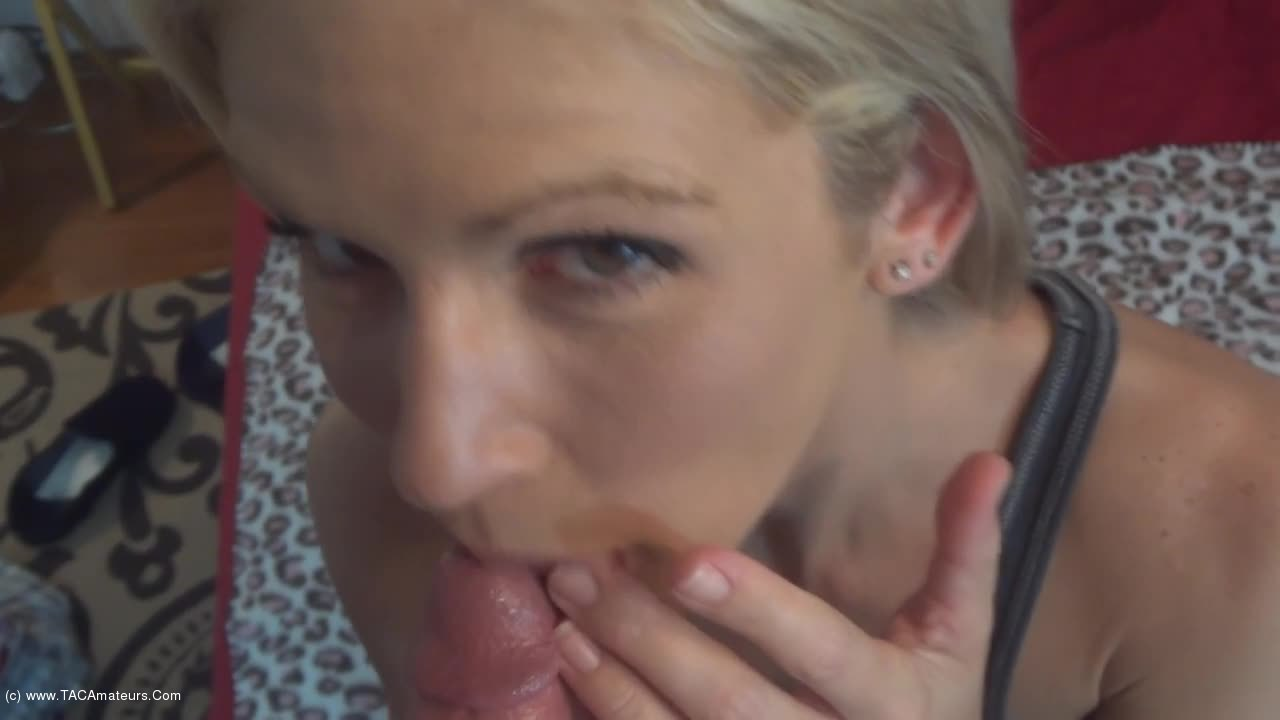 JoleneDevil - Bubble Gum Slut mouth full of cum scene 2