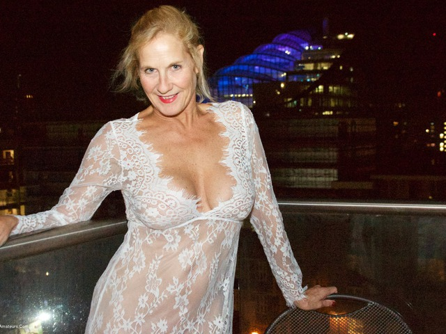 MollyMILF adult gallery On The Balcony At Night