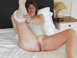 Kat Kitty - White Corset Pt2 Picture Gallery