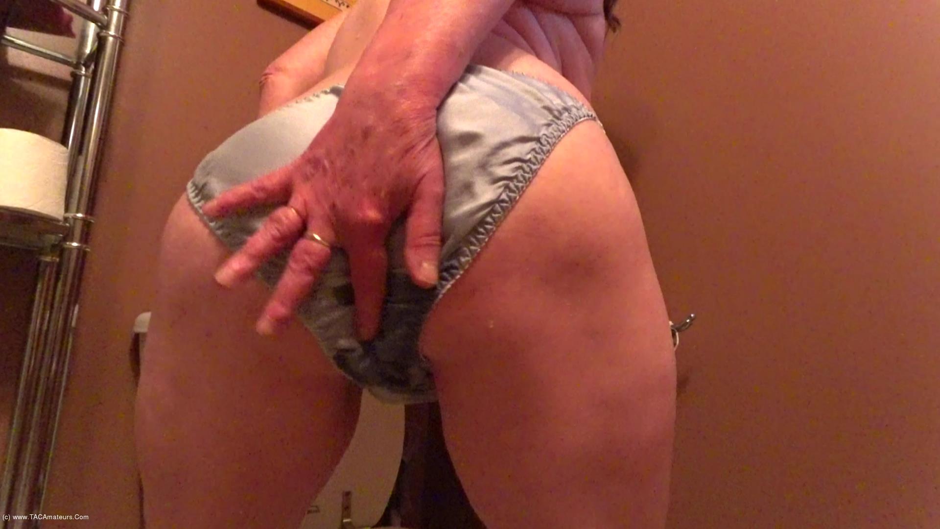 CougarBabeJolee - Pee In My Satin Panties scene 0