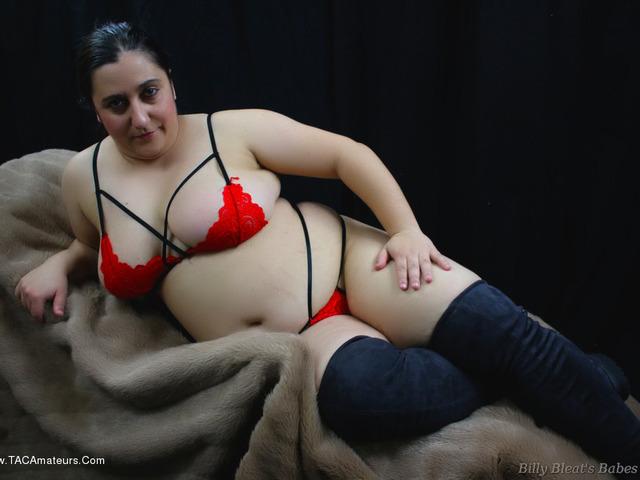 KimberlyScott - Red Lace Bra  Panties Pt1