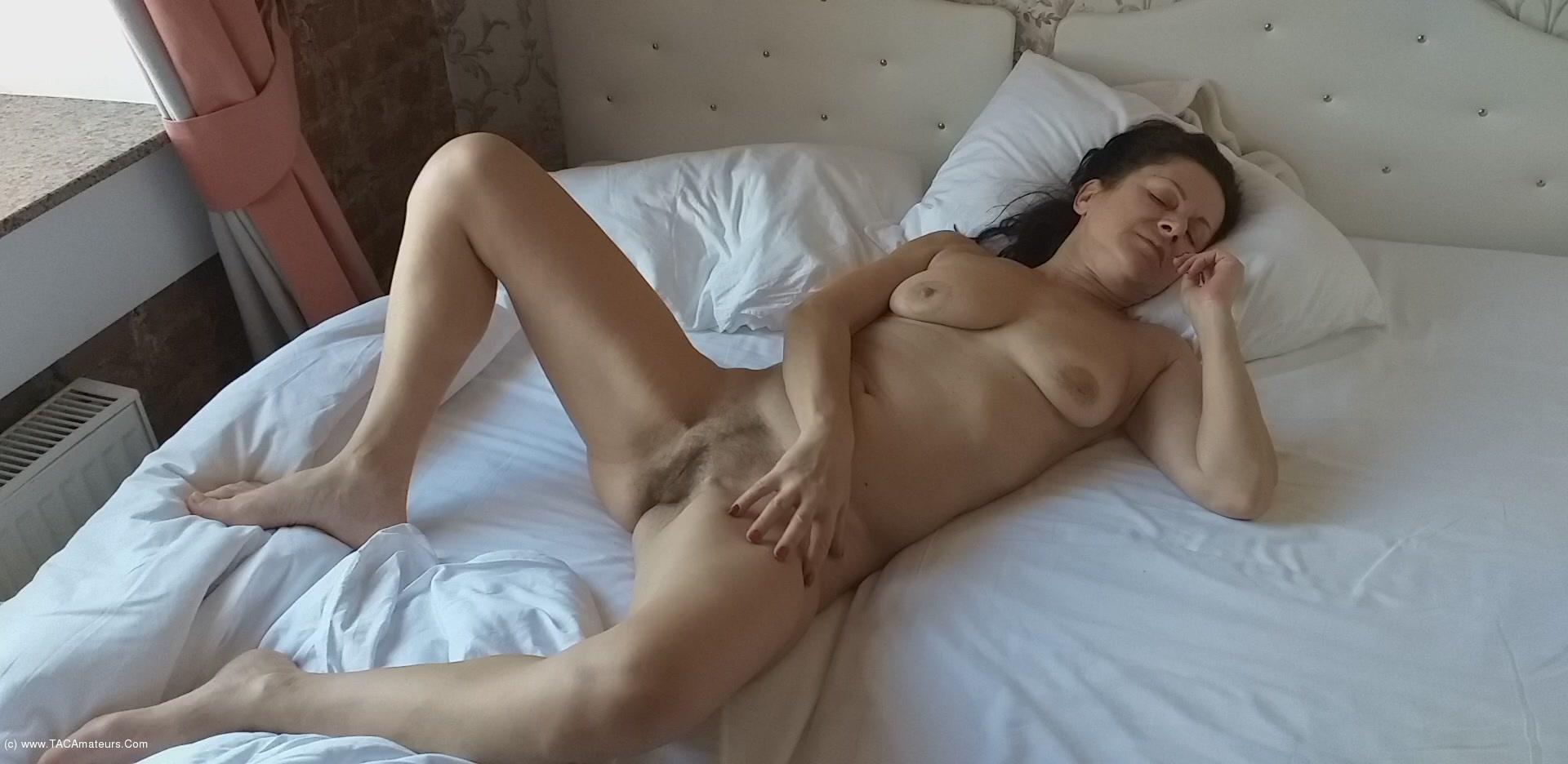 DianaAnanta - Morning Hotel scene 3