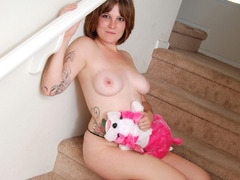 MistyB - stripping on the steps Gallery
