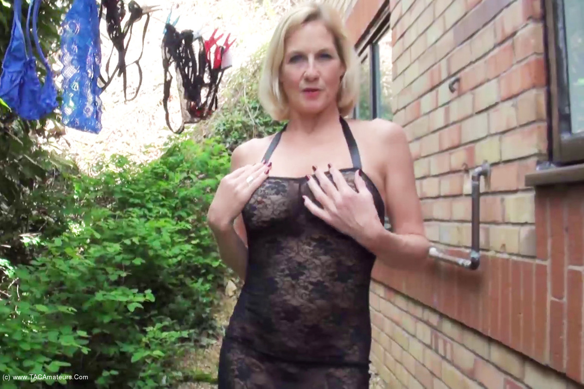 DirtyDoctor - Hanging Out The Washing Pt1 scene 3